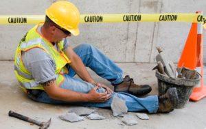 Как получить выплаты и компенсации за производственную травму в 2019 году